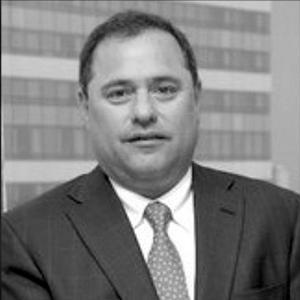 Luis Olivares.png
