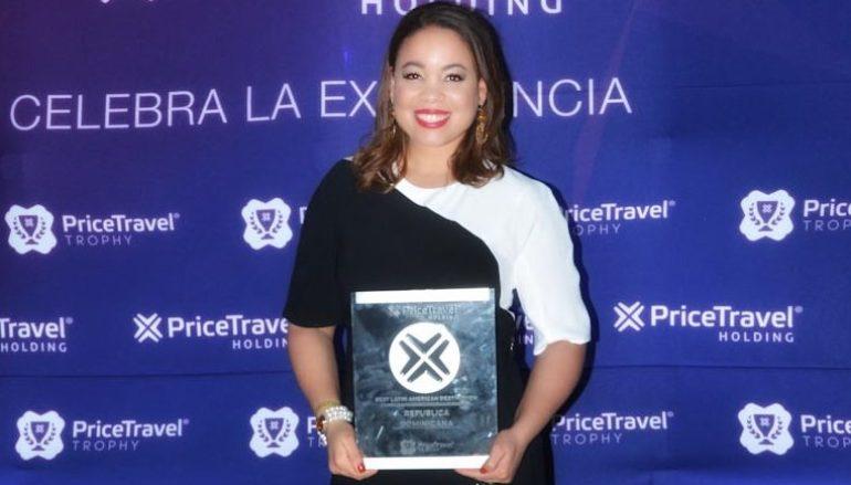 Carolina-Pérez-con-el-premio-e1560191991681-770x439_c.jpg