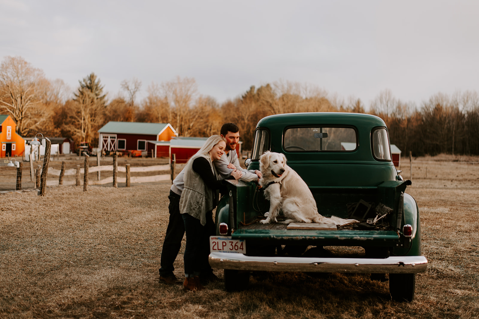 Engagement Session - Spend an afternoon on the farm with your photographer and take engagement photos with your loved one.Branch & Brenton Photography