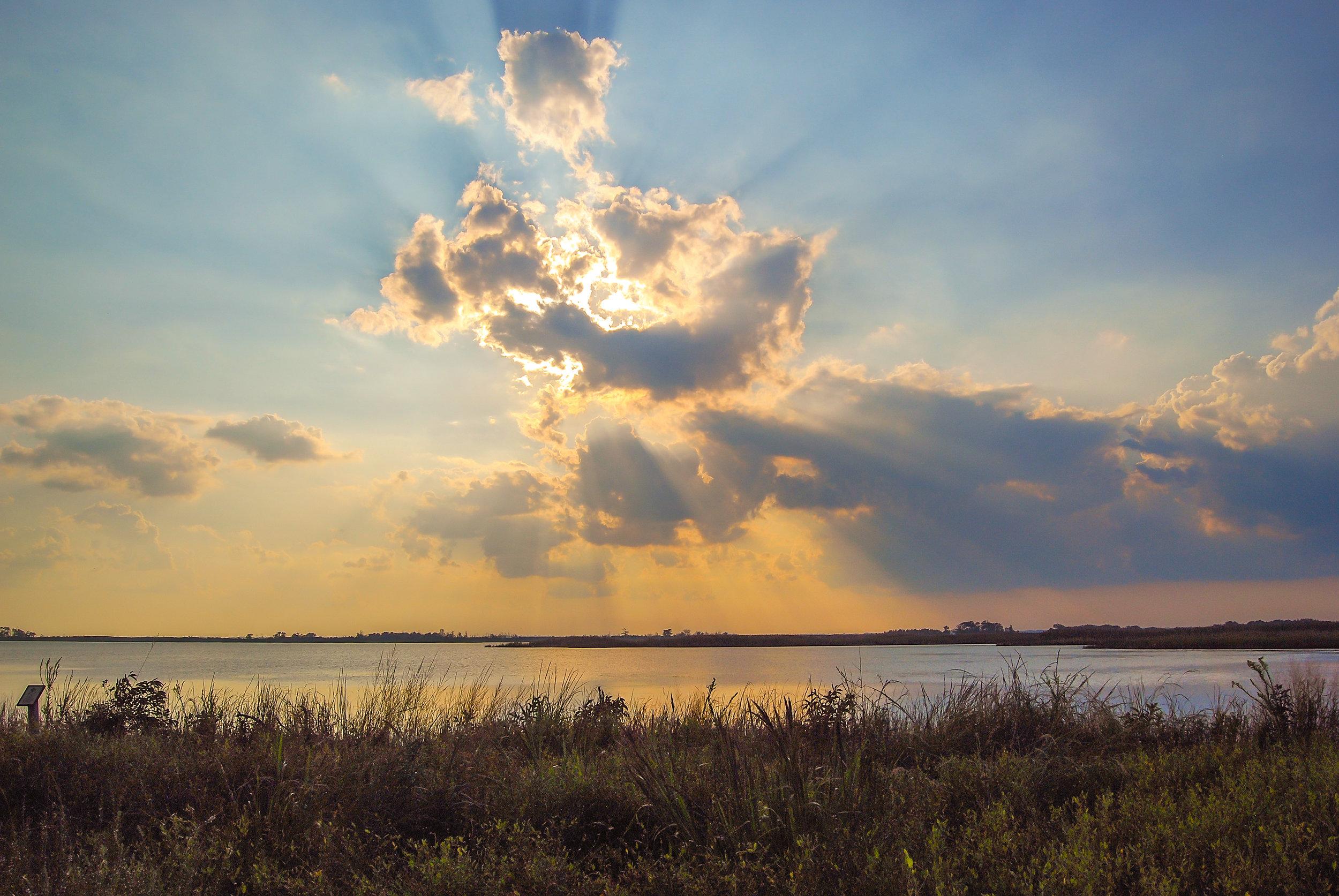 Heaven Rays-Back Bay-Virginia Beach-sunset-Virginia.jpg