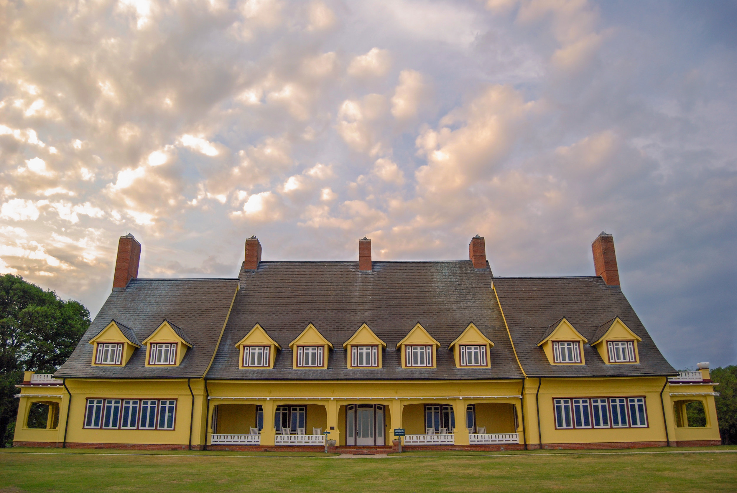 Whalehead Club-Corolla-Outer Banks-OBX-North Carolina.jpg