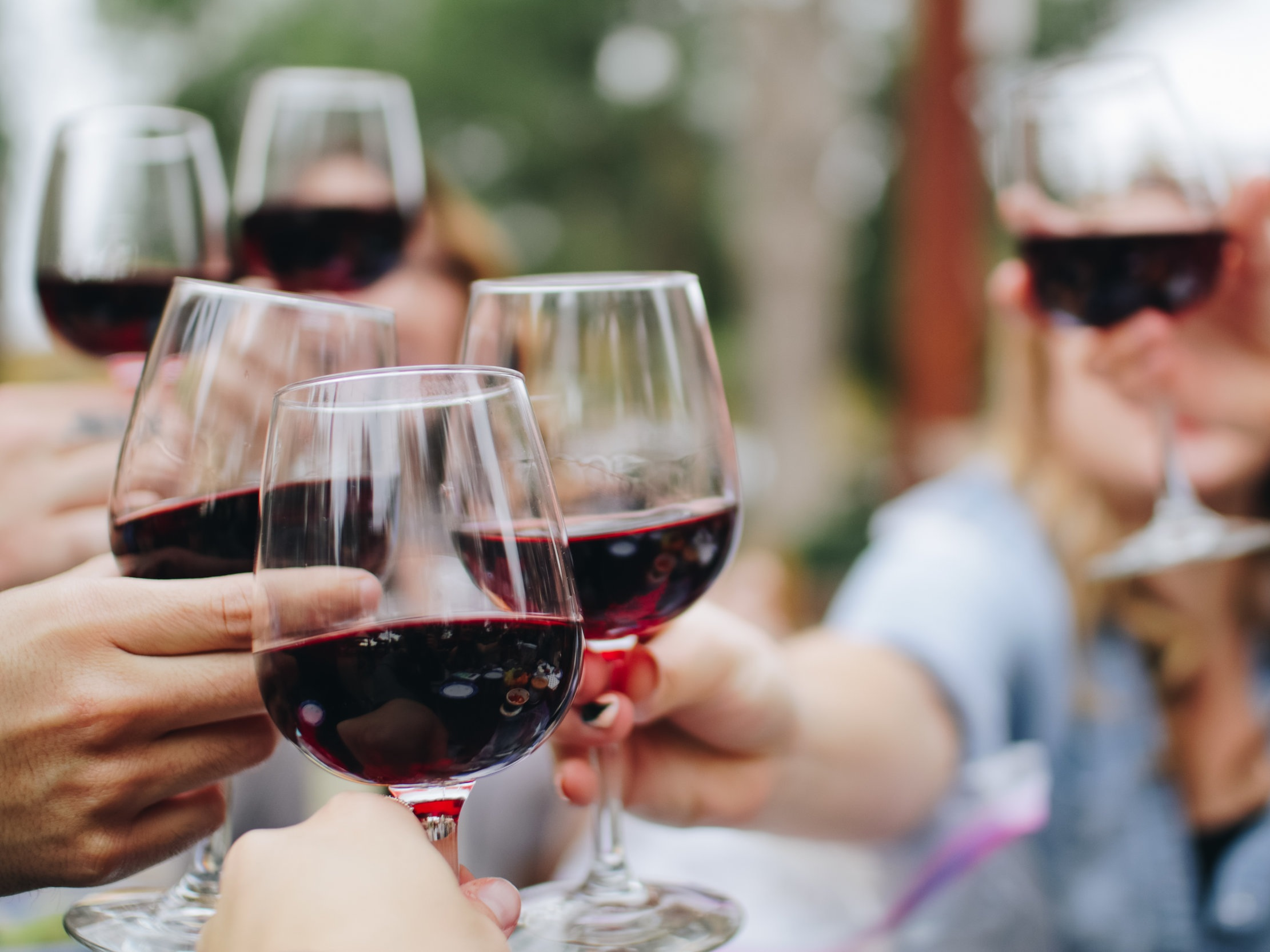 Here's How Many Calories Are in a Glass of Each of Your Favorite Wines - POPSUGAR