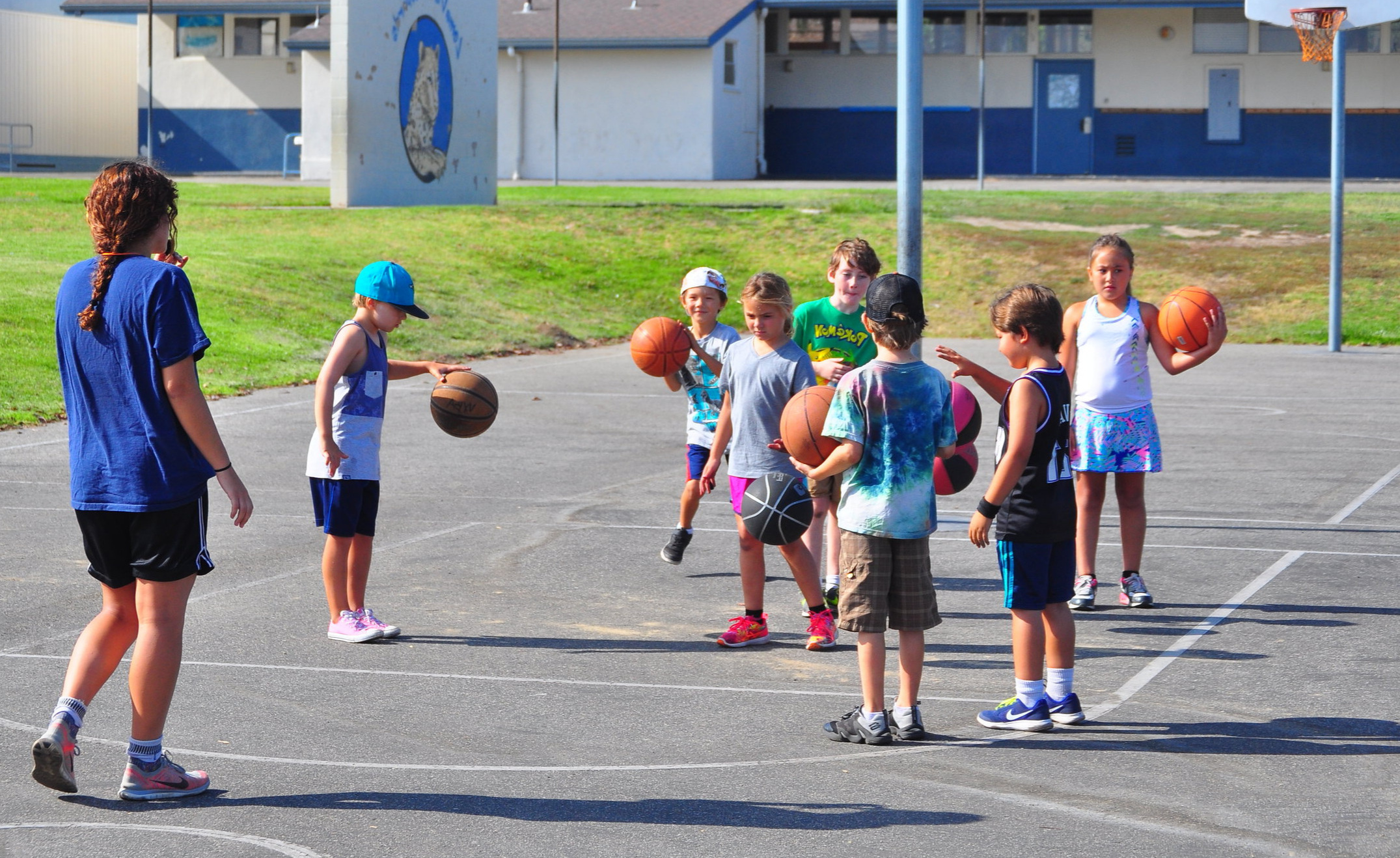 Ventura Plays Scholarships - Increasing access for our youth to participate in recreation programs including sports, arts and culture in Ventura.