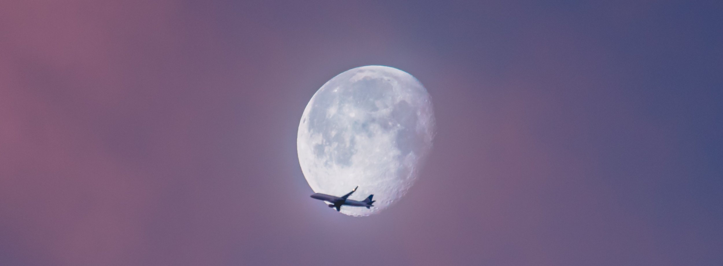 airplane-ian-simmonds-274494.4d2cfc91888b414faec07c0cbaf5c2dc.jpg