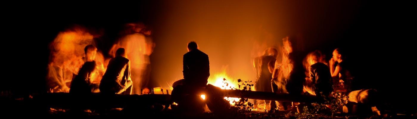 campfire-at-night-1400x400.jpg