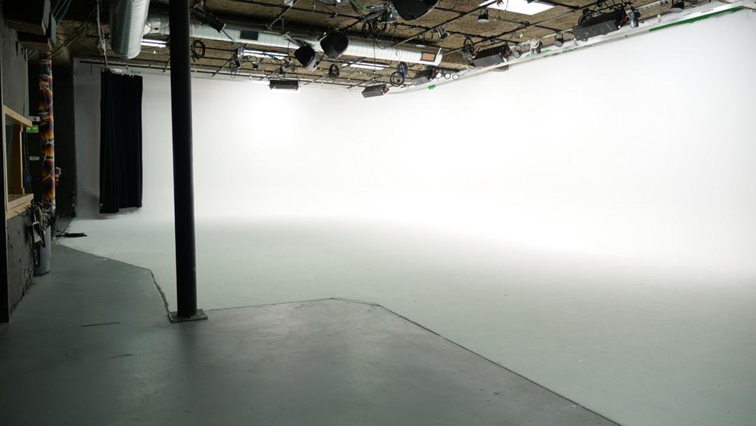 Studio1_1.jpg