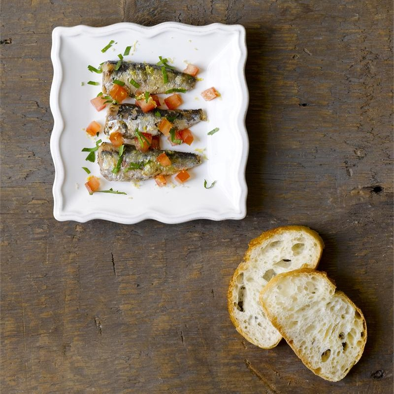 Smoked Sardines with Tomatoes & Parsley -