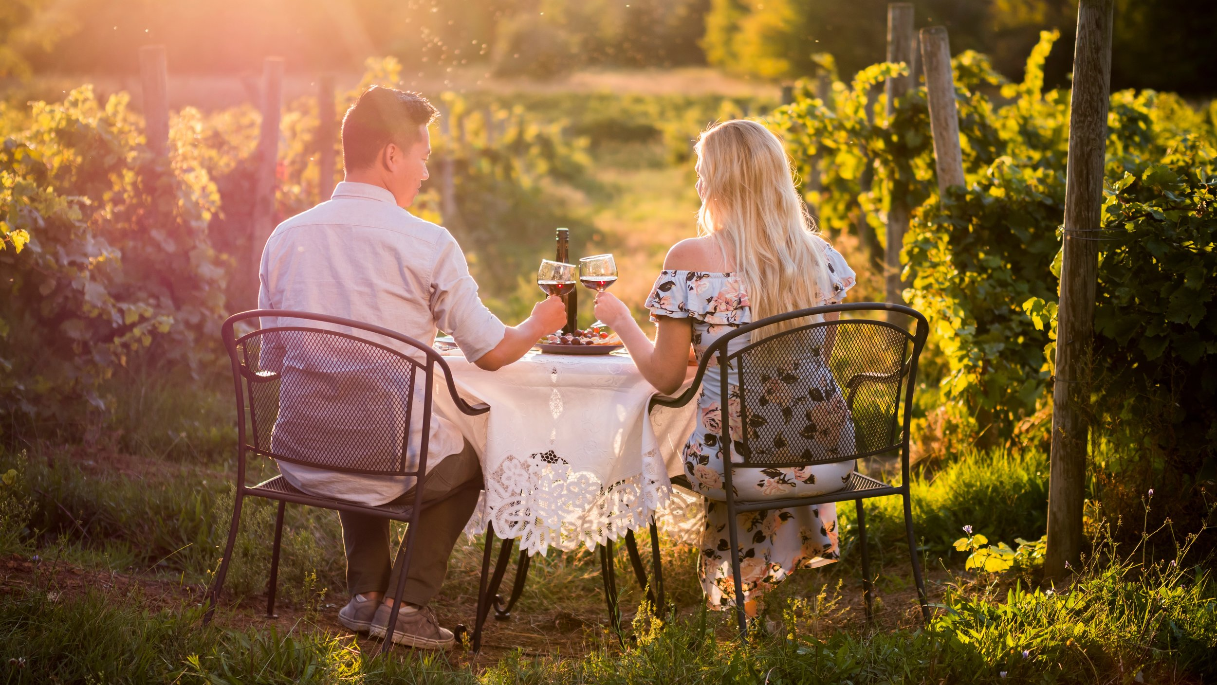 Couple's wine Tours - All-Inclusive Romantic Wine Tours for 2!