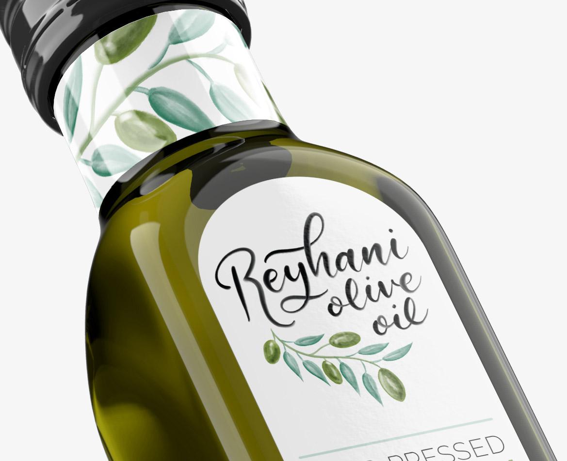 Close up label design of an olive oil bottle