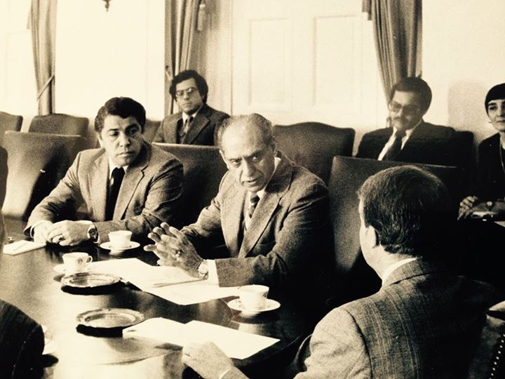 - President Carter and Vice President Mondale meet with leaders of the Congressional Hispanic Caucus. Nelson participates as Staff Assistant to VP Mondale and is photographed here with Congressman Garcia and Congressman Roybal.