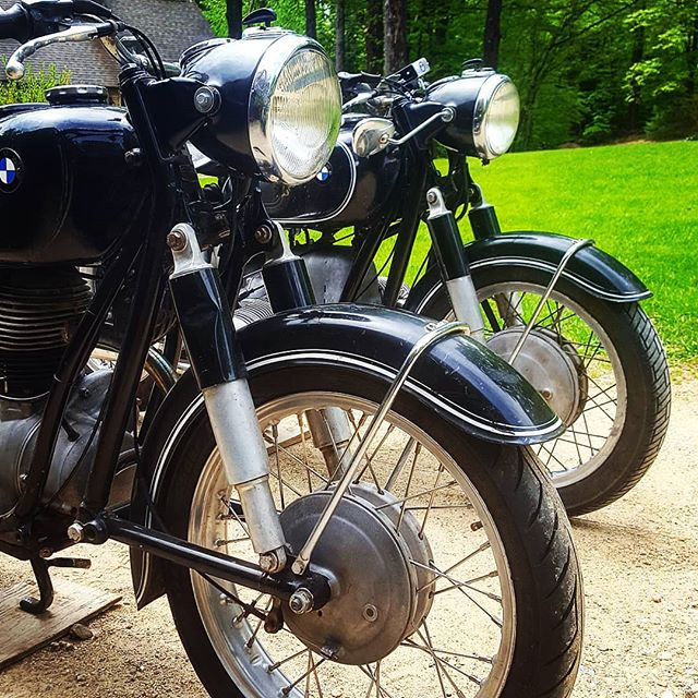 Time to say goodbye to Bob's two ladies.  #byebyebob #🖐 #bmw #bmwmotorcycle #airhead #newhampshire #classic #vintage #vintagebmw #vintagemotorcycle #custom #vintagebmwmotorcycle #cafe #caferacer #caferacerxxx #caferacers #bmwmotorrad #makelifearide #photooftheday #bmwlove #bmwgram #bmwlife #bikestagram #motorcycle #moto #motolife #instamoto #instamotogallery #instagood #diy