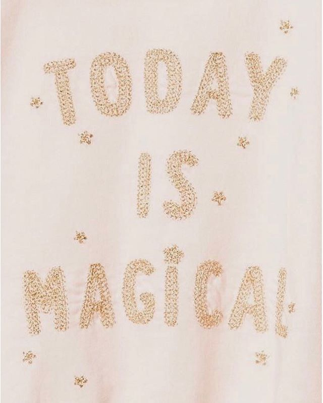 TODAY IS MAGICAL 💫 know why?! Online orders are LIVE on aunaturelbrand.com! . To celebrate, check the story for a fun quiz and appreciation surprise at the end. 💋 . Your support means the world to me, you magical beings! 🌟