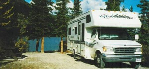 Motorhome I 21/22 ft (6,5 m) - For 2 to 4 people - all the comforts of a home on wheels