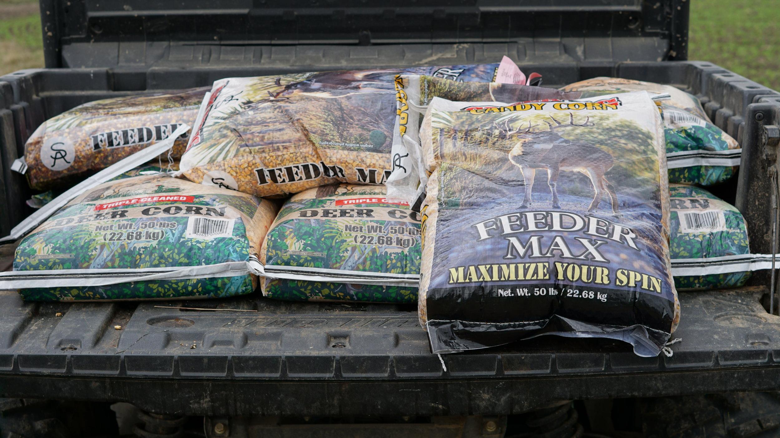 Feeder max Corn & Protein Blends -