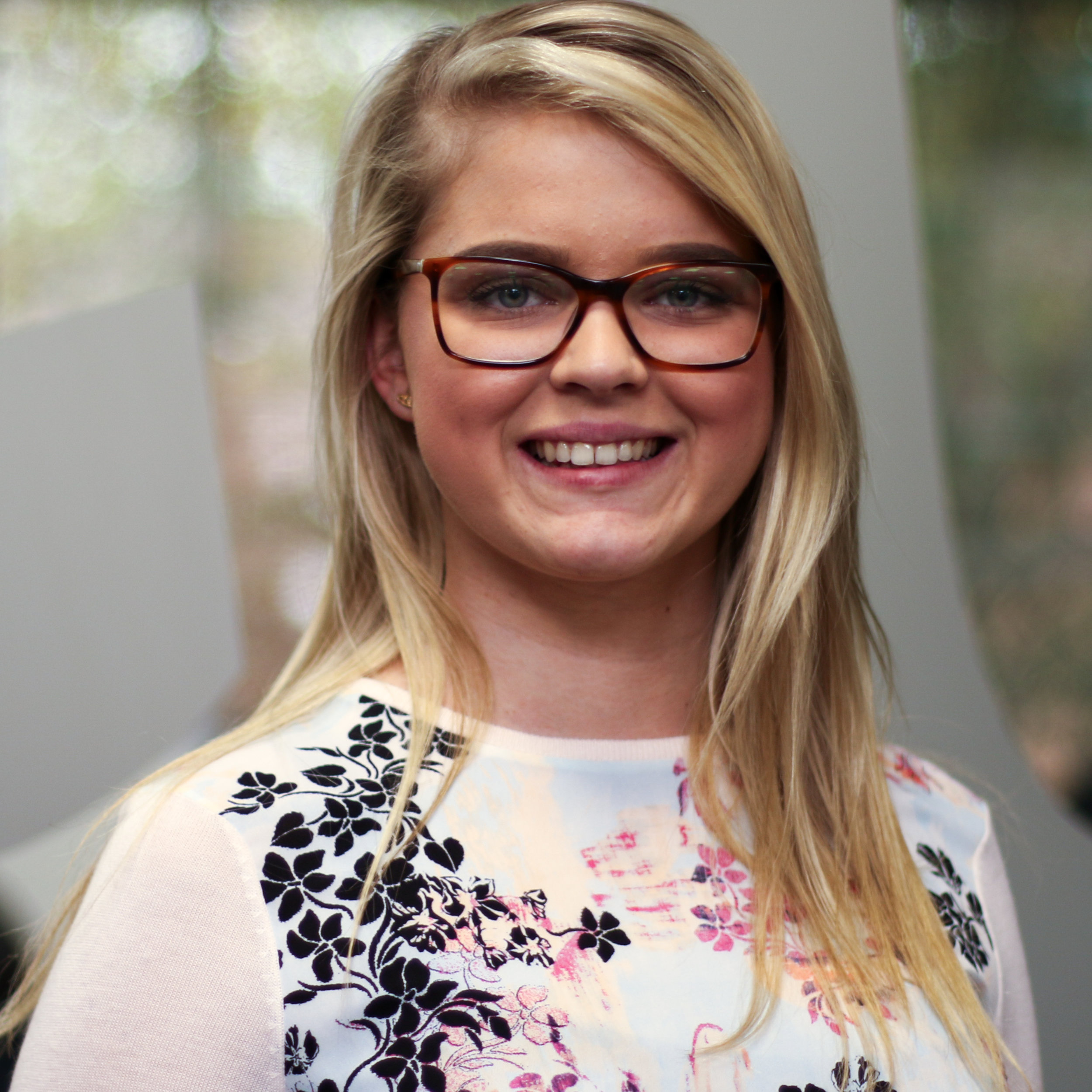 Lois Simon, Softcat   Lois works with schools to help drive their IT Strategy. Lois also manages the Public Sector Development Programme for the South Region which is a comprehensive graduate scheme, developing Account Executives into Enterprise Account Managers.