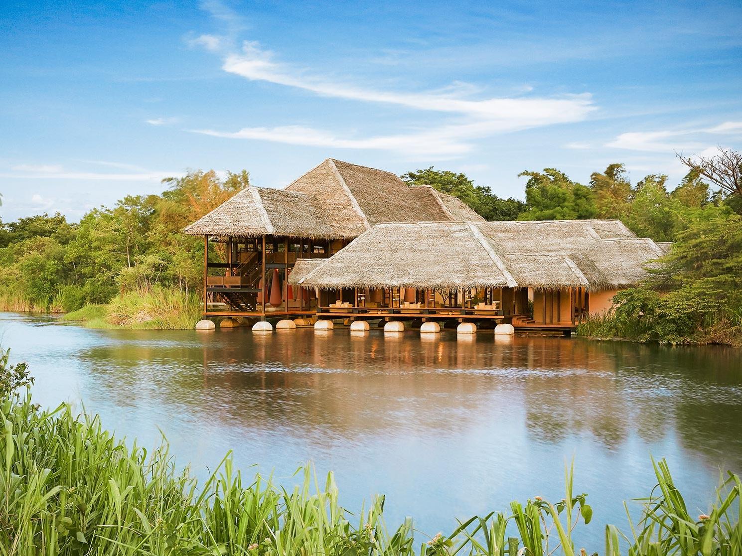 Vil Uyana, perfect for bird watching and wildlife safaris in Sri Lanka