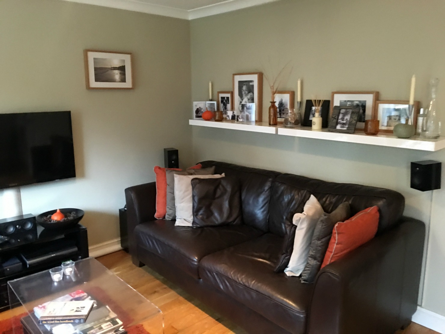 1 Sofa wall before.jpg