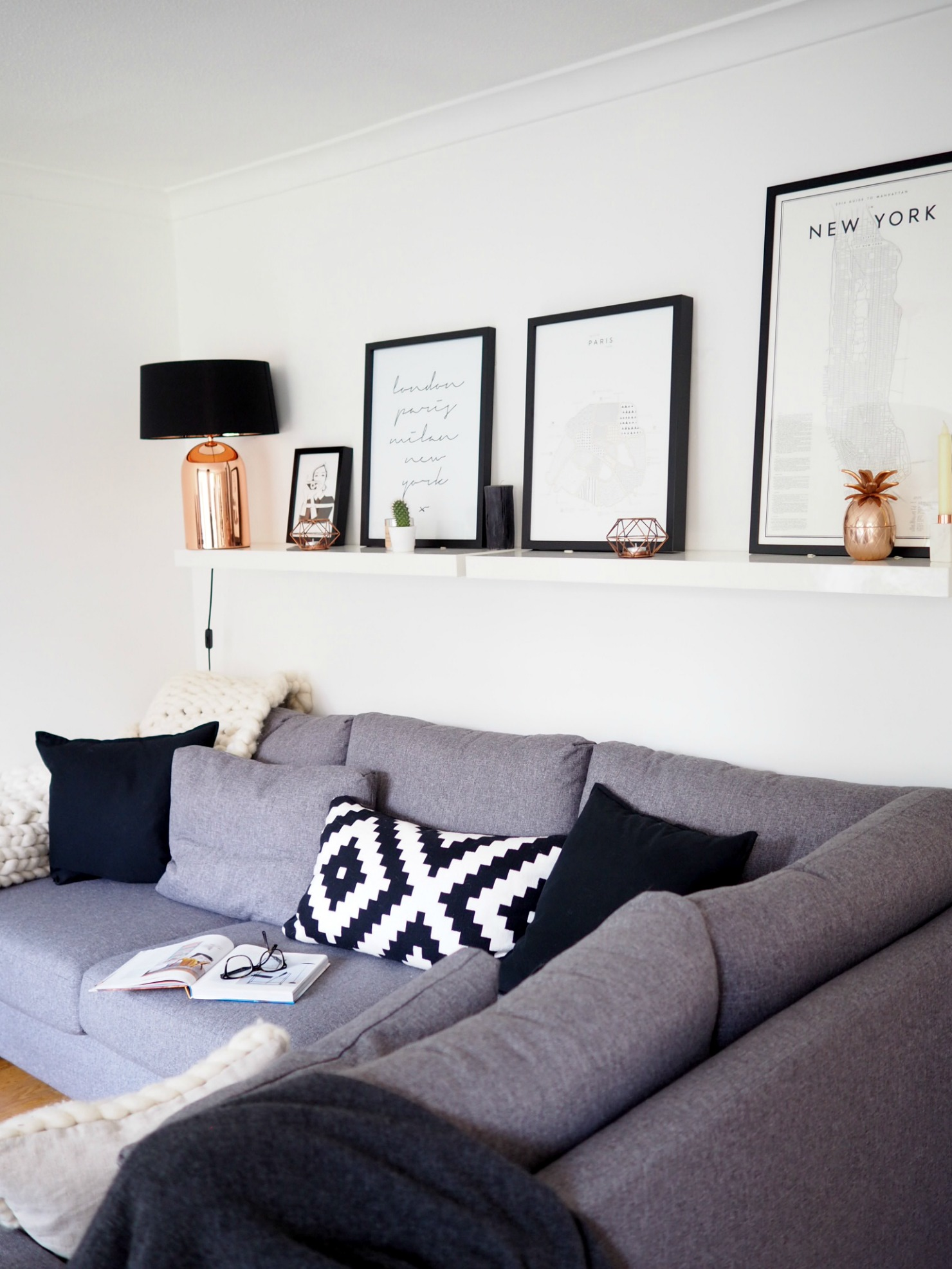 11 sofa wall after.jpg