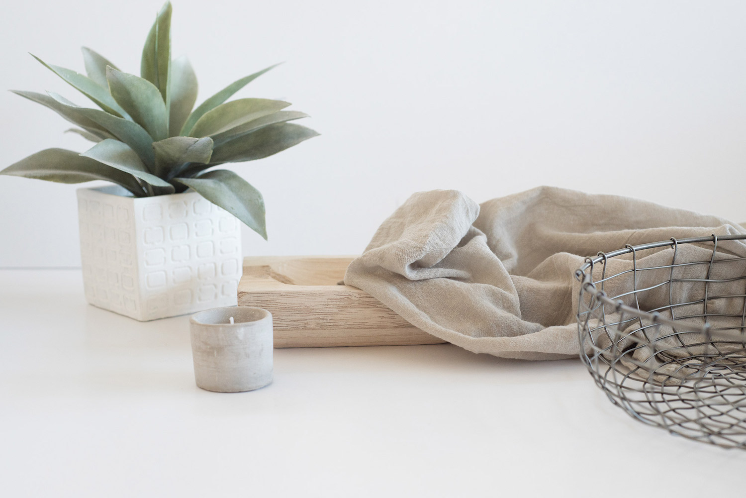 4 succulent-candle-wire-basket-throw.jpg