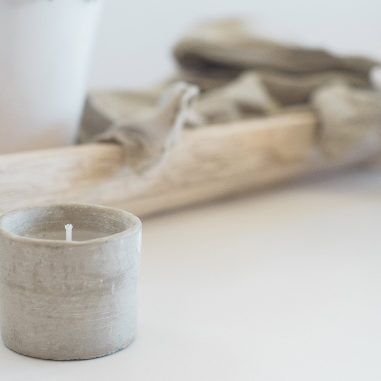 7 wood-candle-throw-close-up.jpg