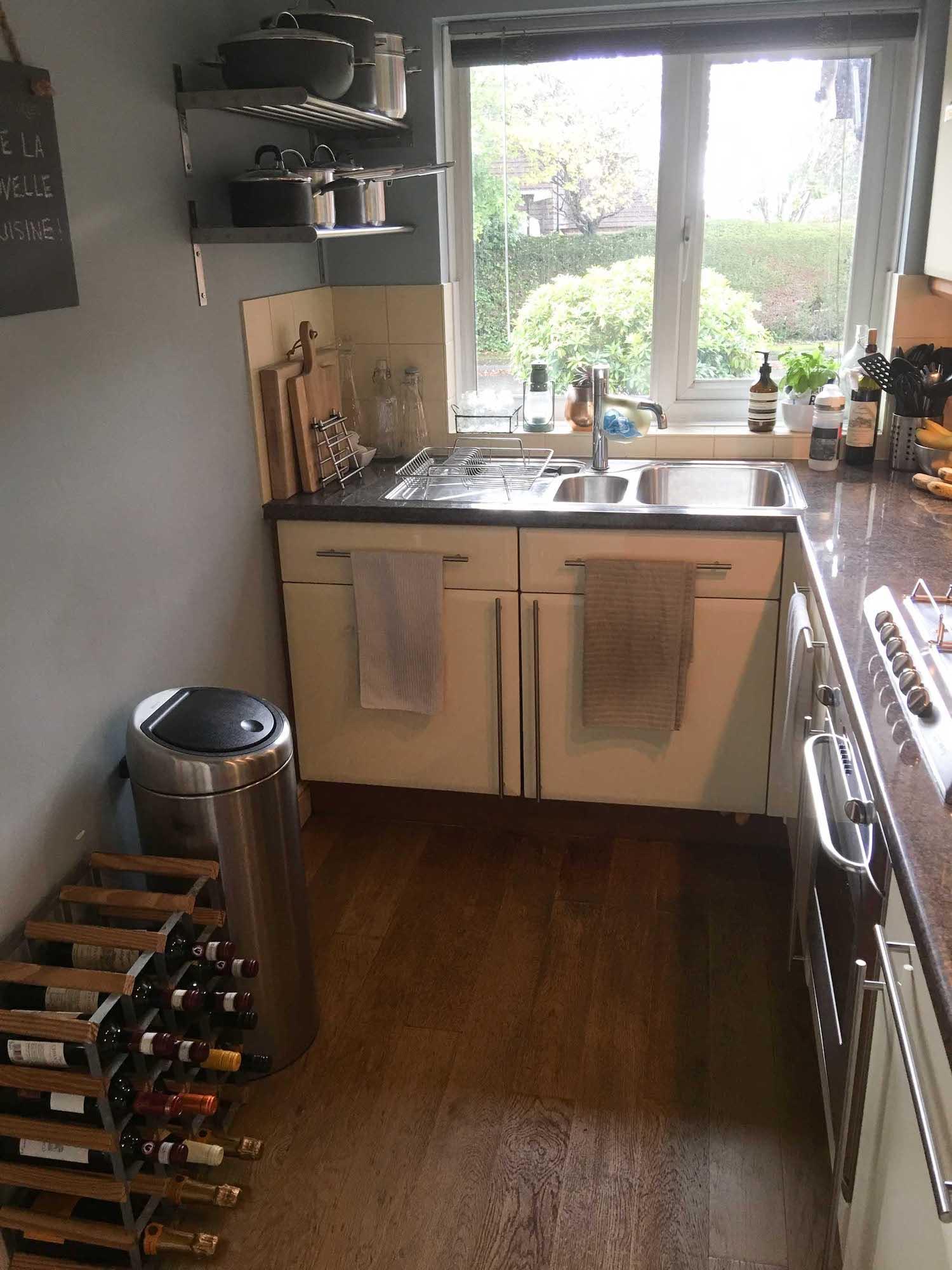 2 kitchen refurb before.jpg