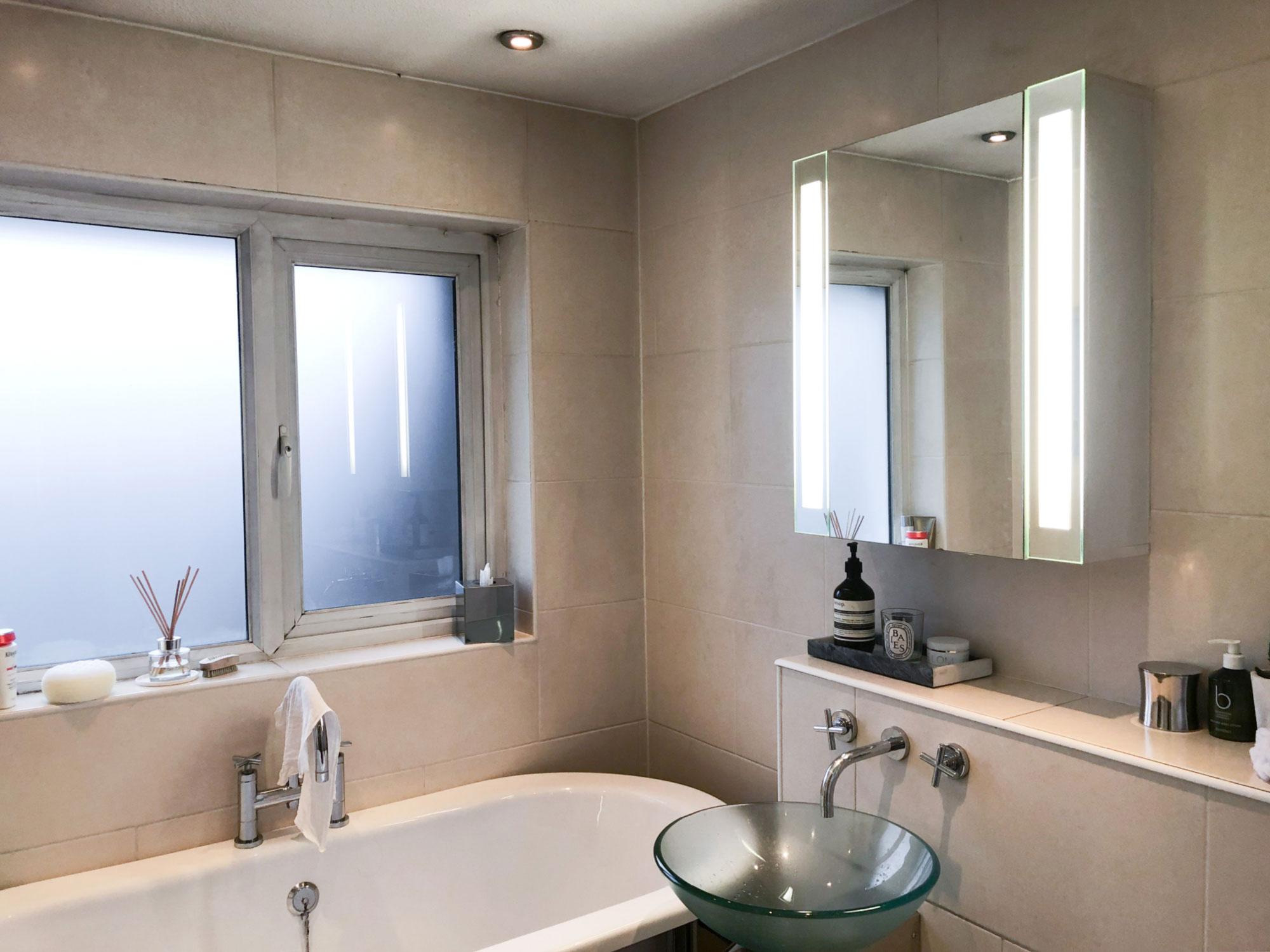 5 online-stylist-bathroom-makeover-before-photo.jpg