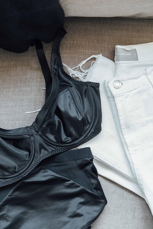 2 choosing-underwear-for-day-long-comfort.jpg