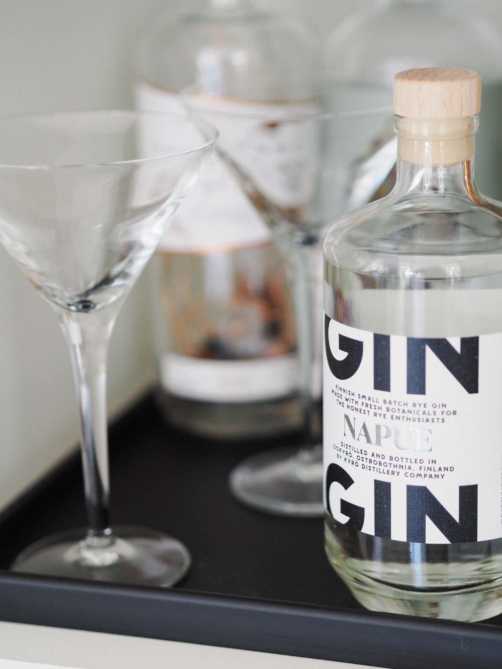 6 Monochrome Napue Gin Bottle .jpg
