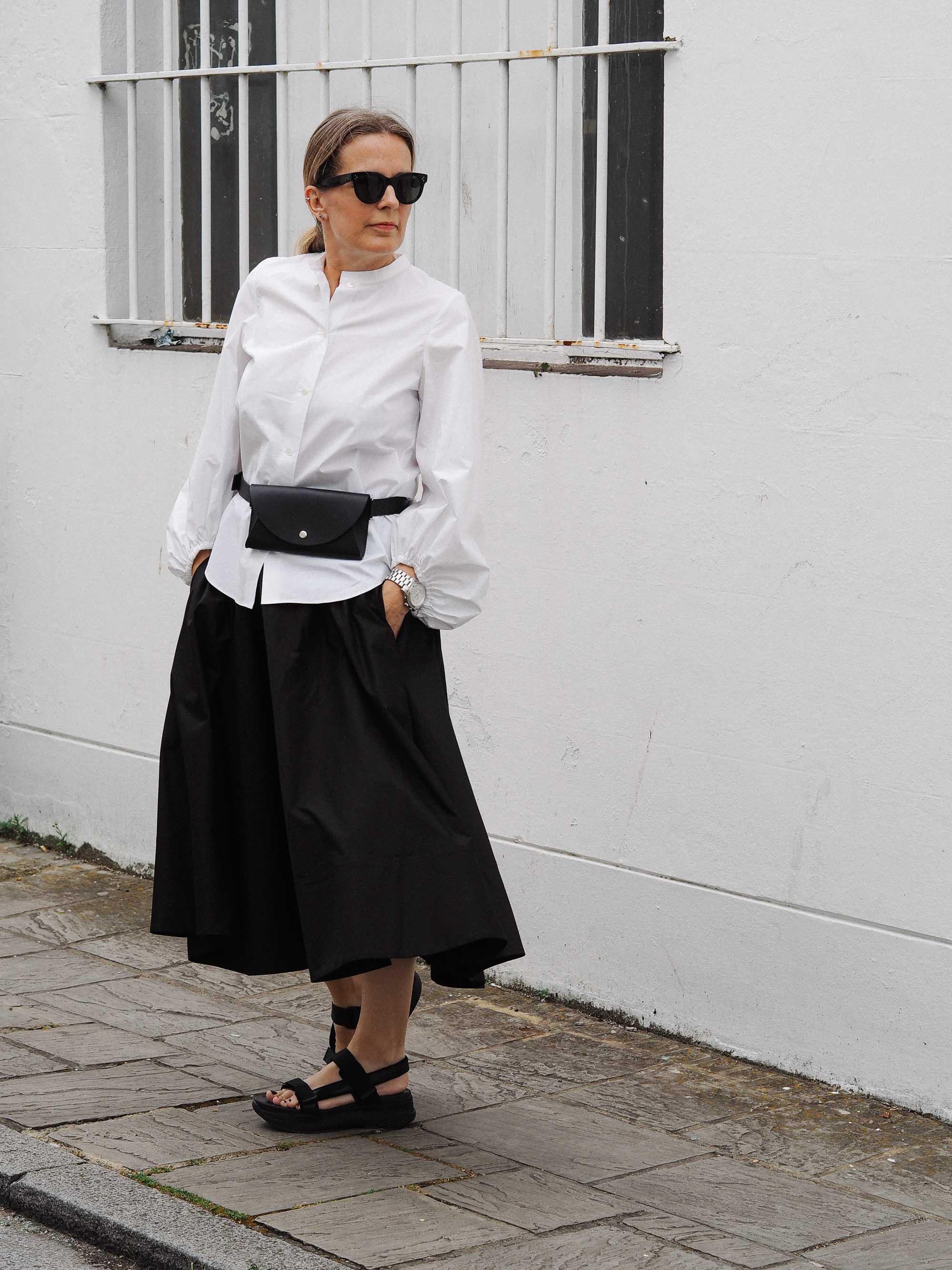 2 minimal black and white styling .jpg