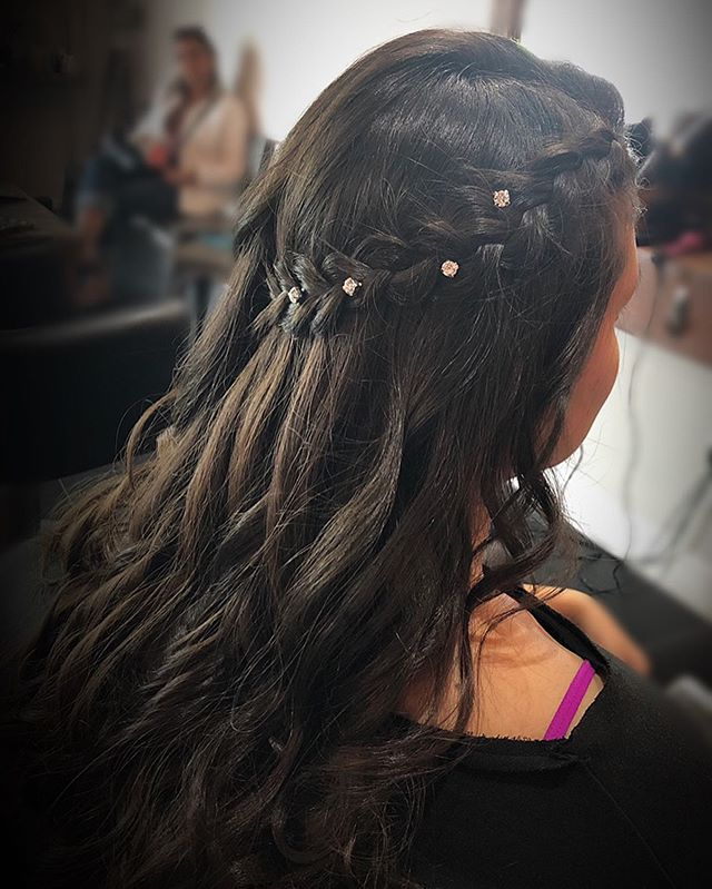 simple prom hairstyle😍 #prom #hair #love #simple #beauty #beautiful #braid #braiding #fun