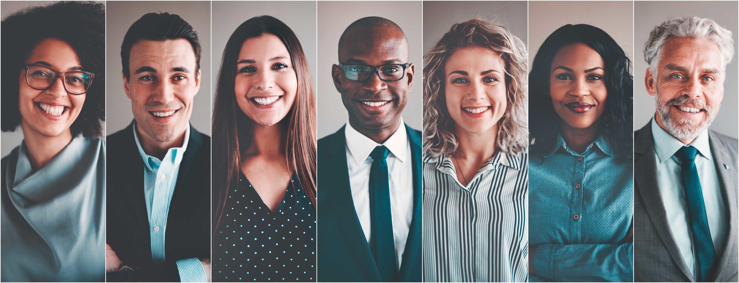 assessores de investimentos de terno, gravata e camisa social