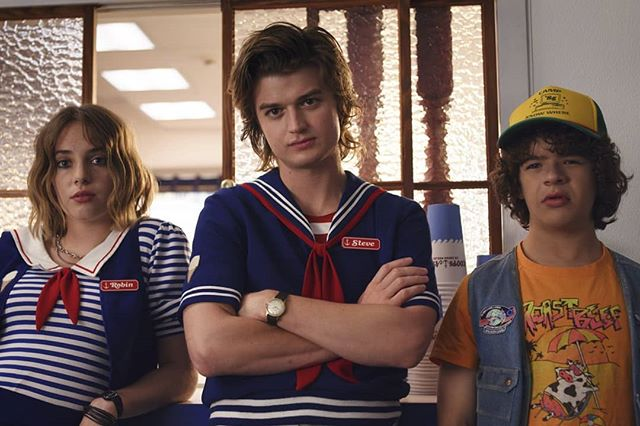 Love love loved Stranger Things S3. Can we have a Scoops Ahoy spin off?