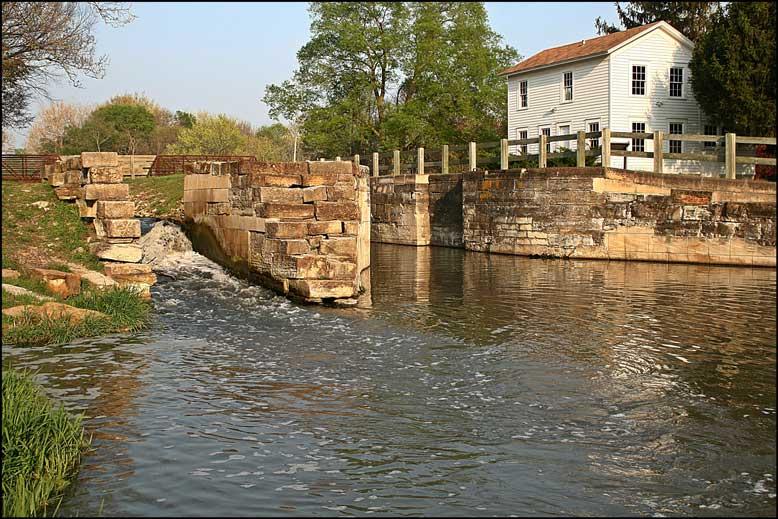 Channahon-to-Morris-Trail-Water_Web.jpg