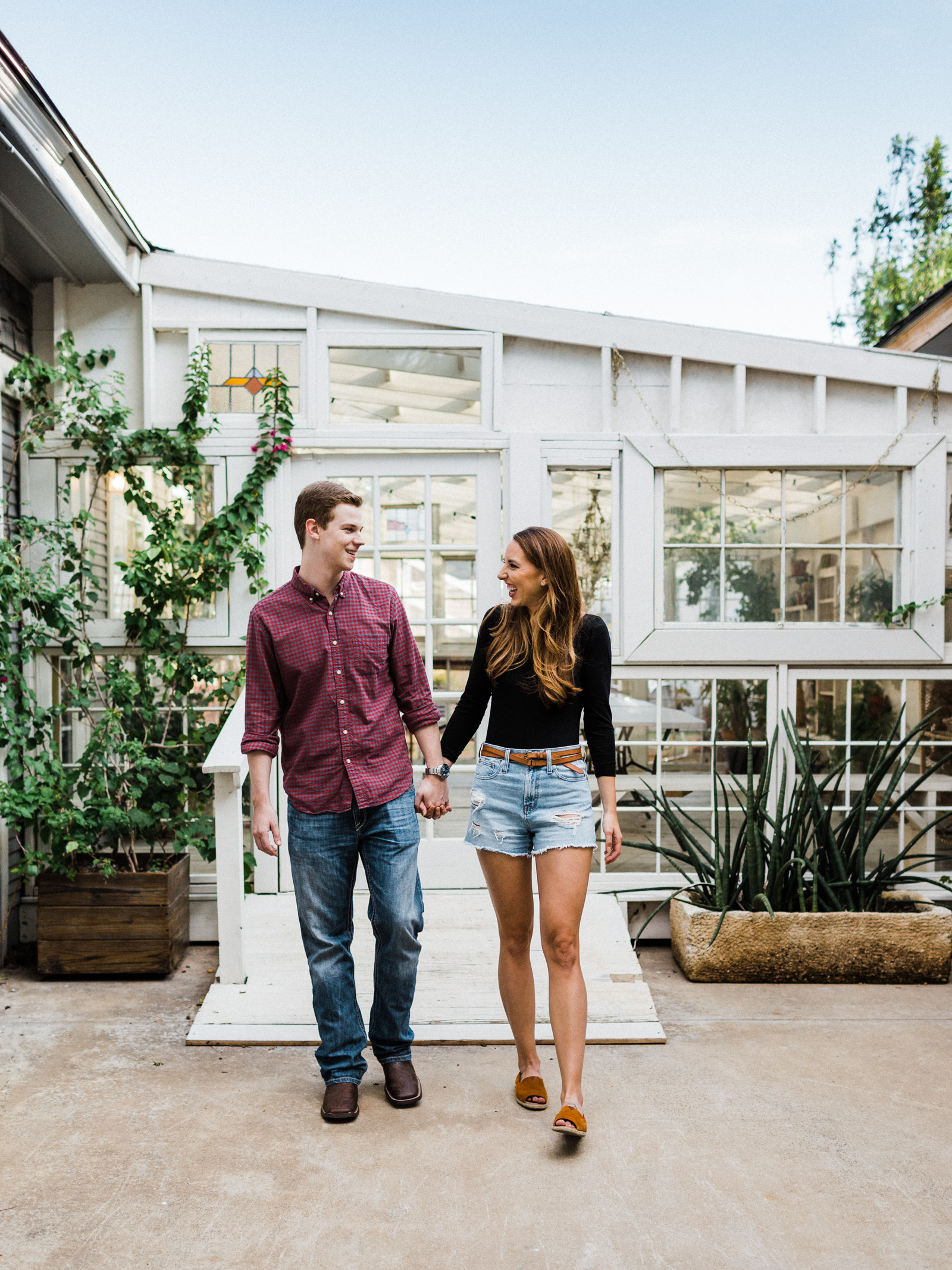 Engagement pictures of House of Dirt in Dallas, Texas
