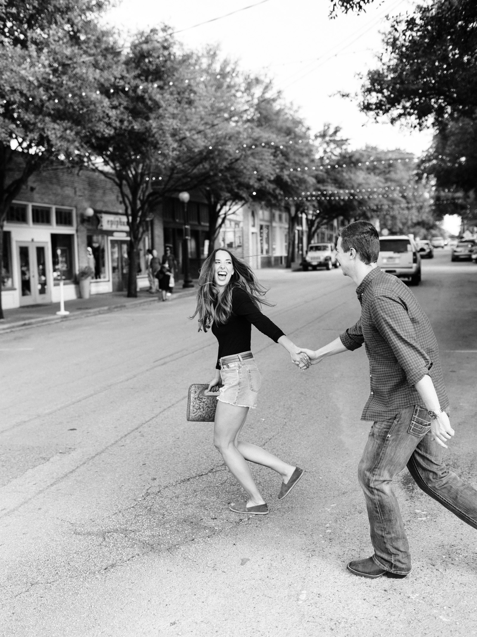 Engagement pictures in the Bishop Arts District