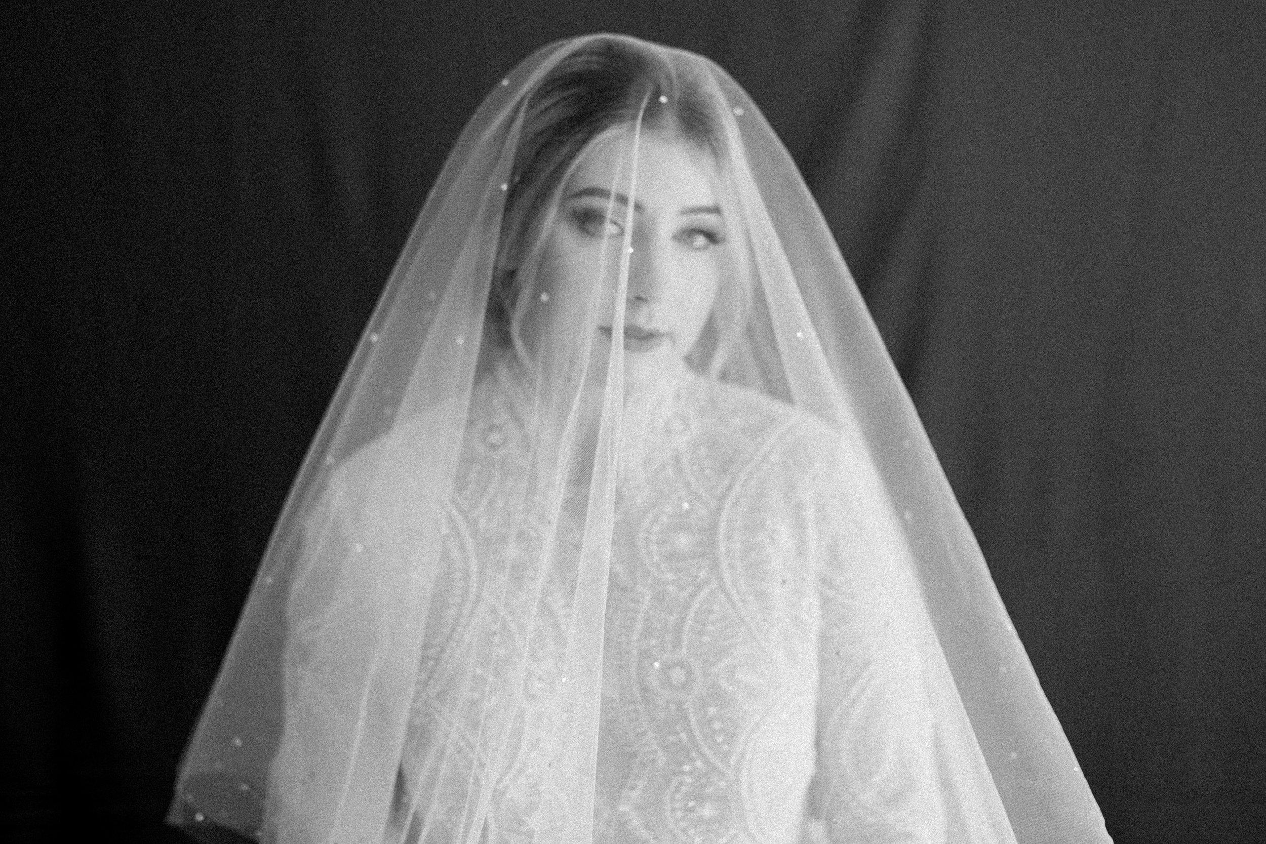 Elizabeth Lee bridal boutique (6 of 42).jpg