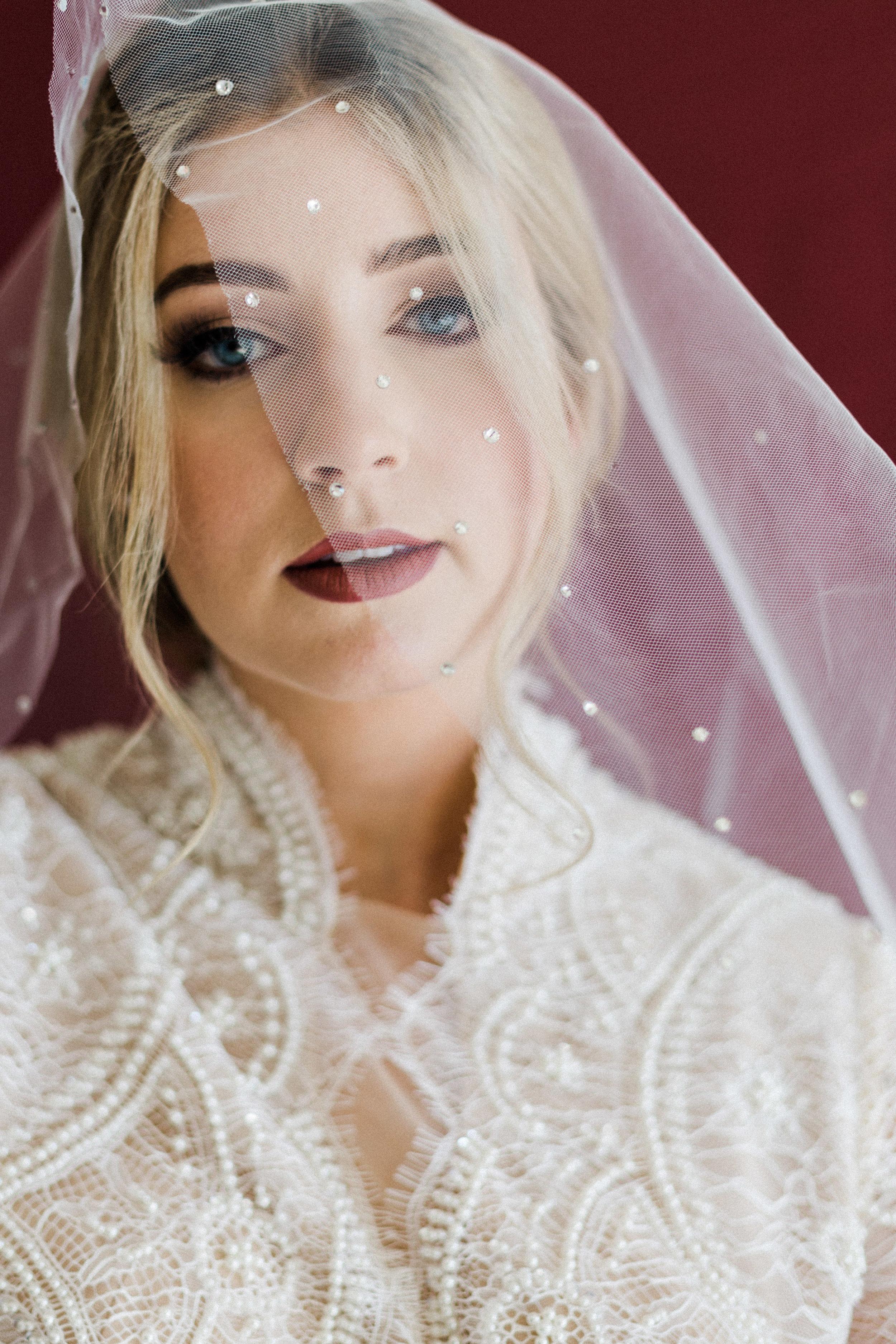 Elizabeth Lee bridal boutique (8 of 42).jpg