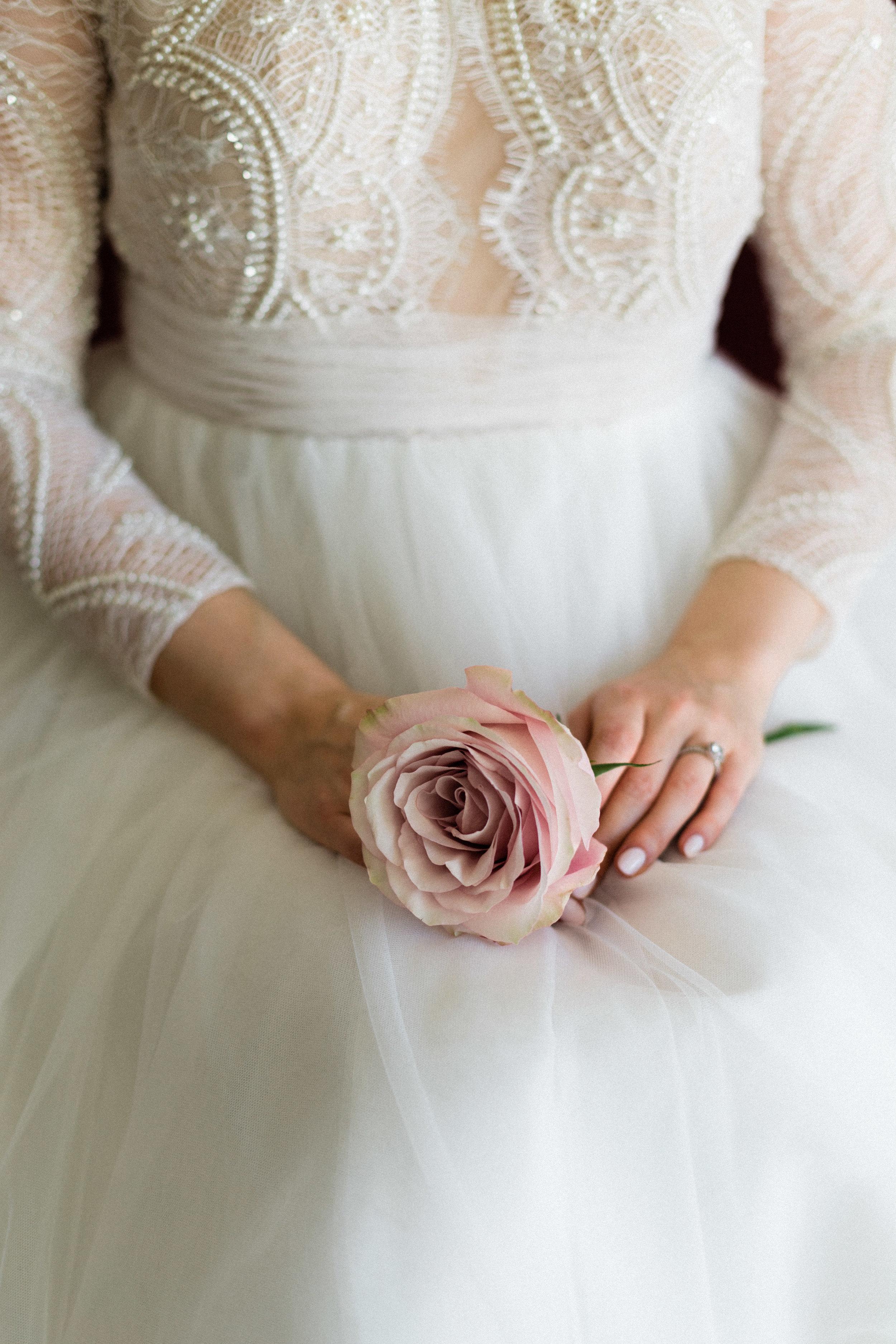 Elizabeth Lee bridal boutique (14 of 42).jpg