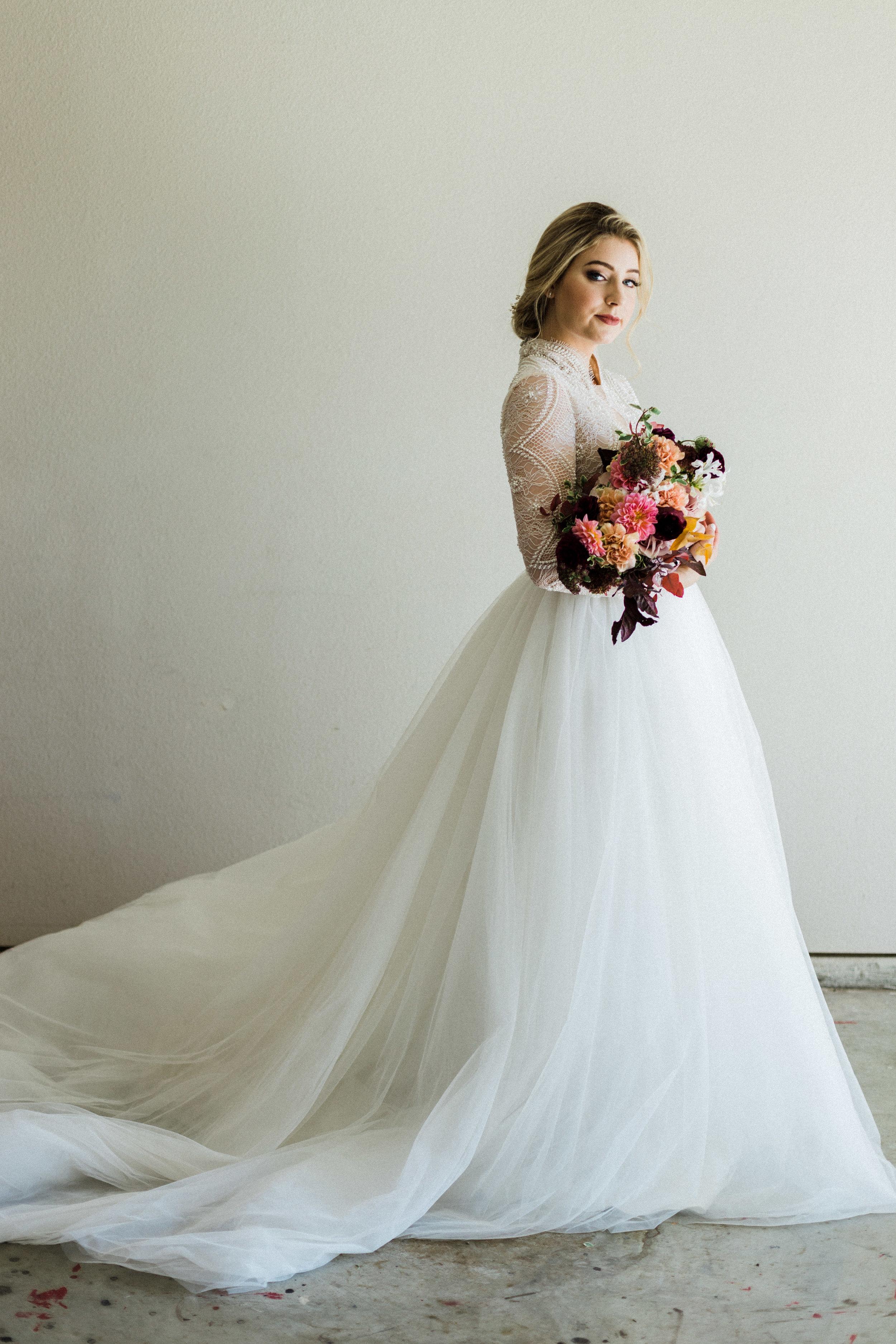 Elizabeth Lee bridal boutique (25 of 42).jpg