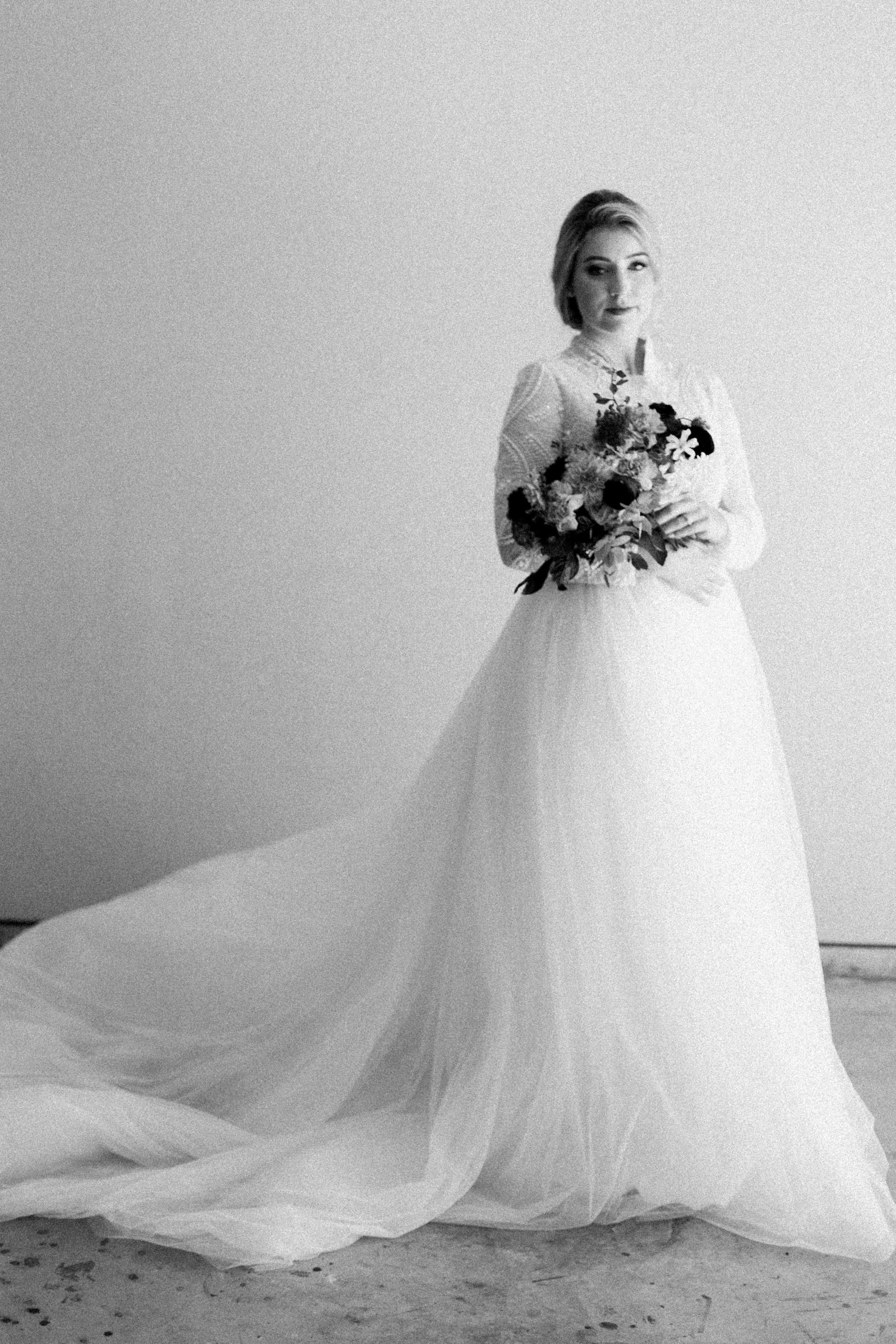 Elizabeth Lee bridal boutique (26 of 42).jpg