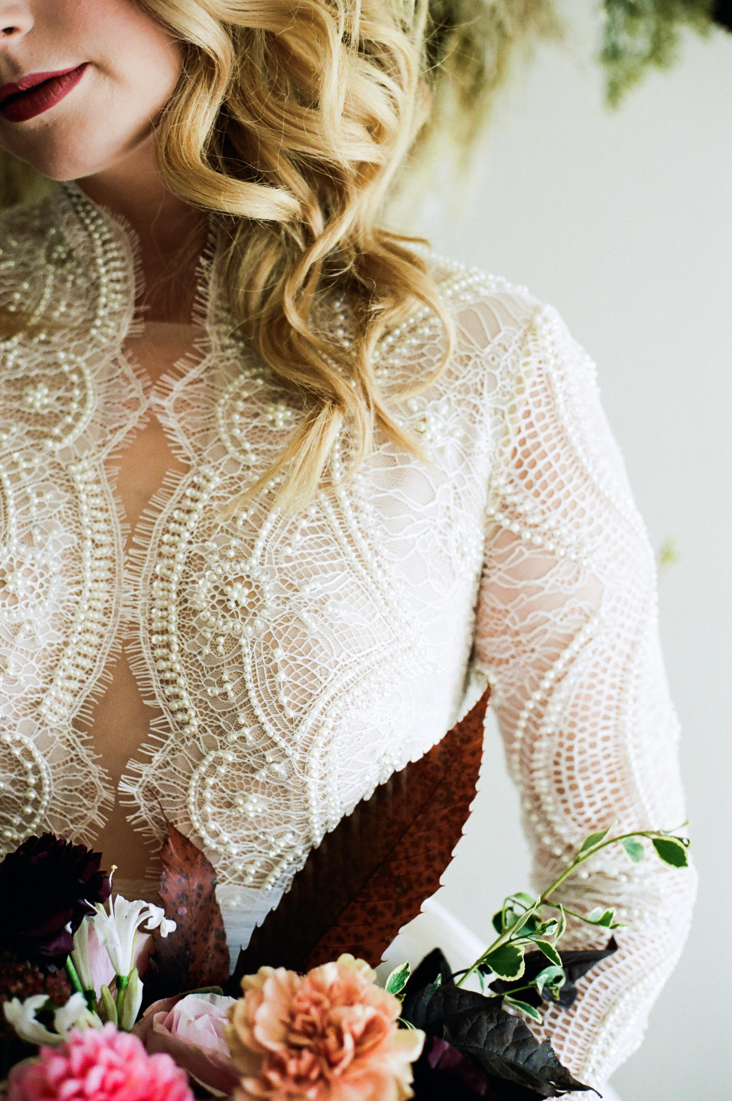 Elizabeth Lee bridal boutique (29 of 42).jpg