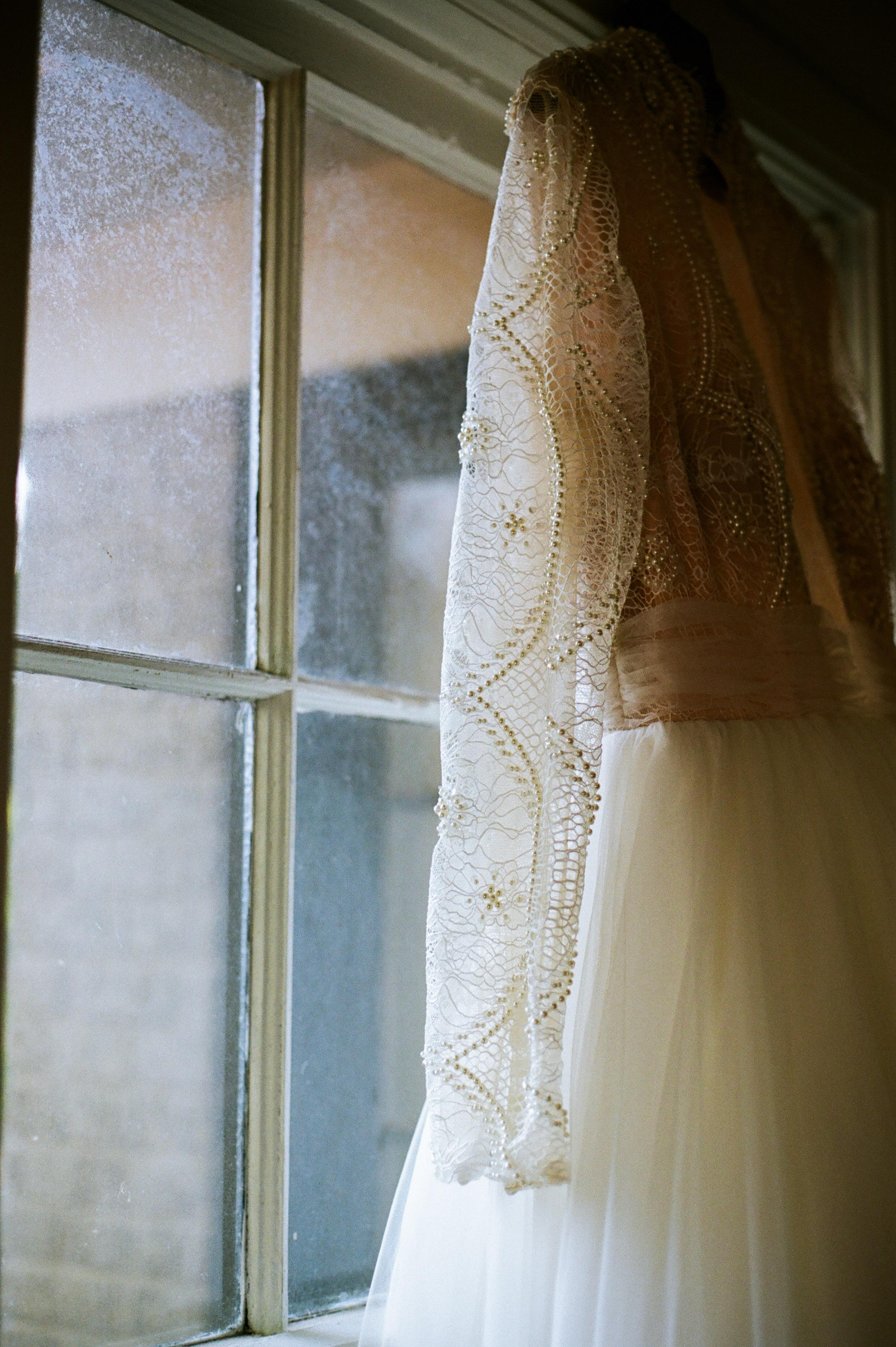 Elizabeth Lee bridal boutique (35 of 42).jpg