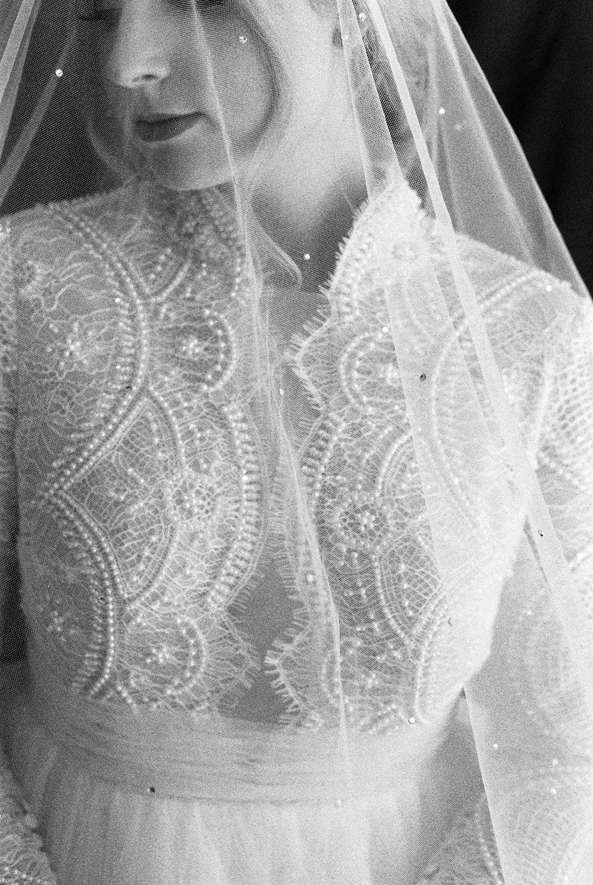 Elizabeth Lee bridal boutique (38 of 42).jpg