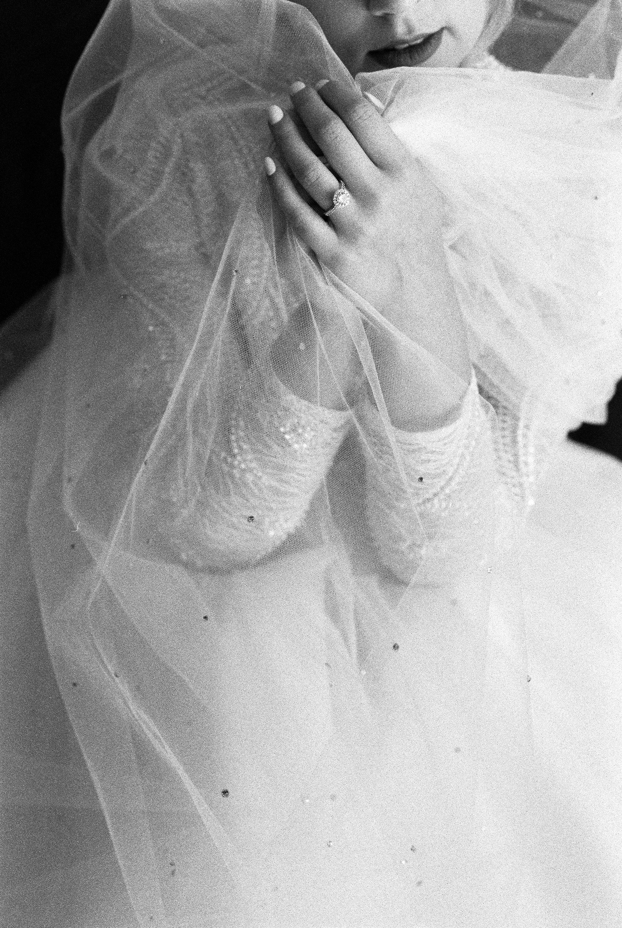 Elizabeth Lee bridal boutique (42 of 42).jpg