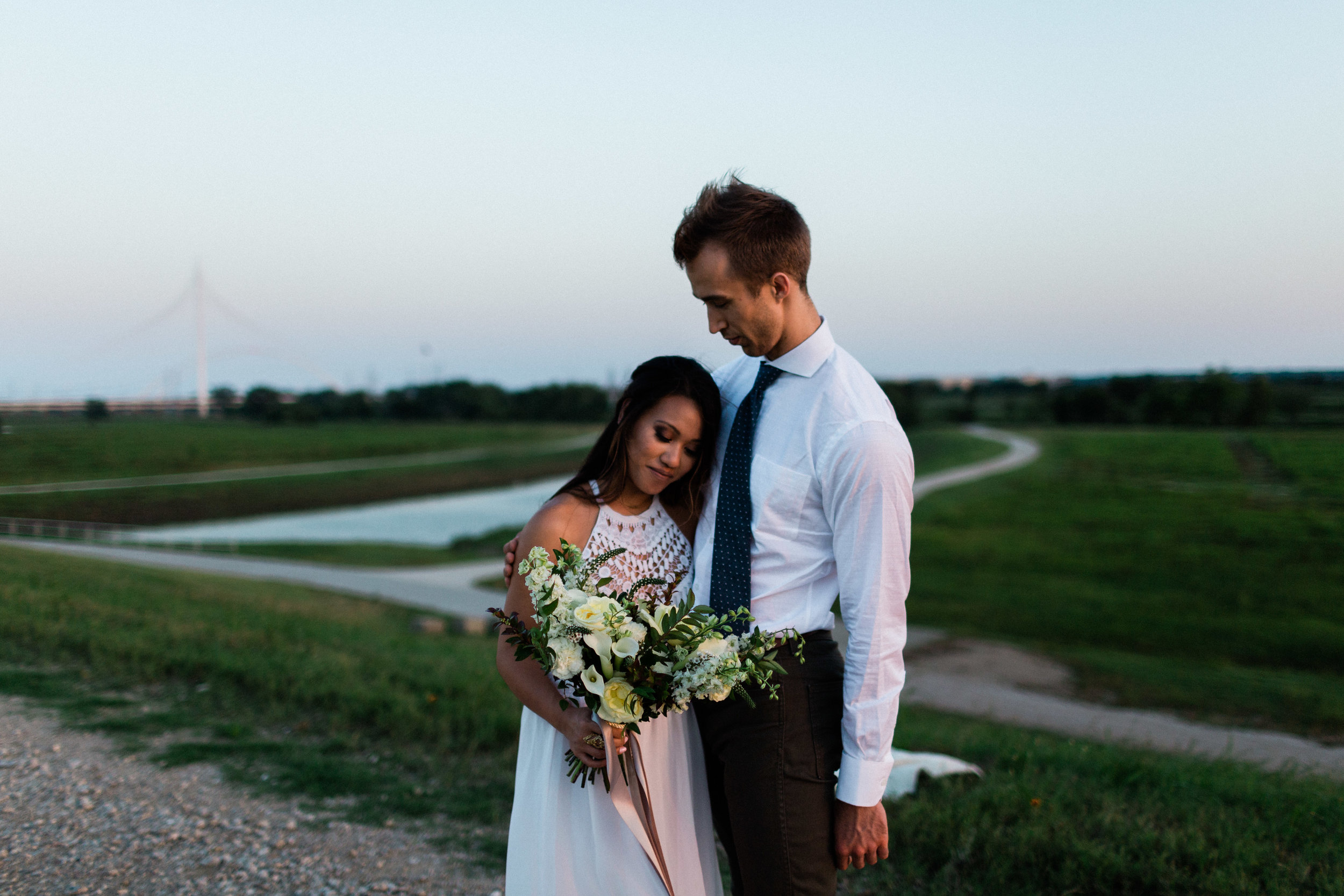 Dallas small wedding inspiration (23 of 24).jpg