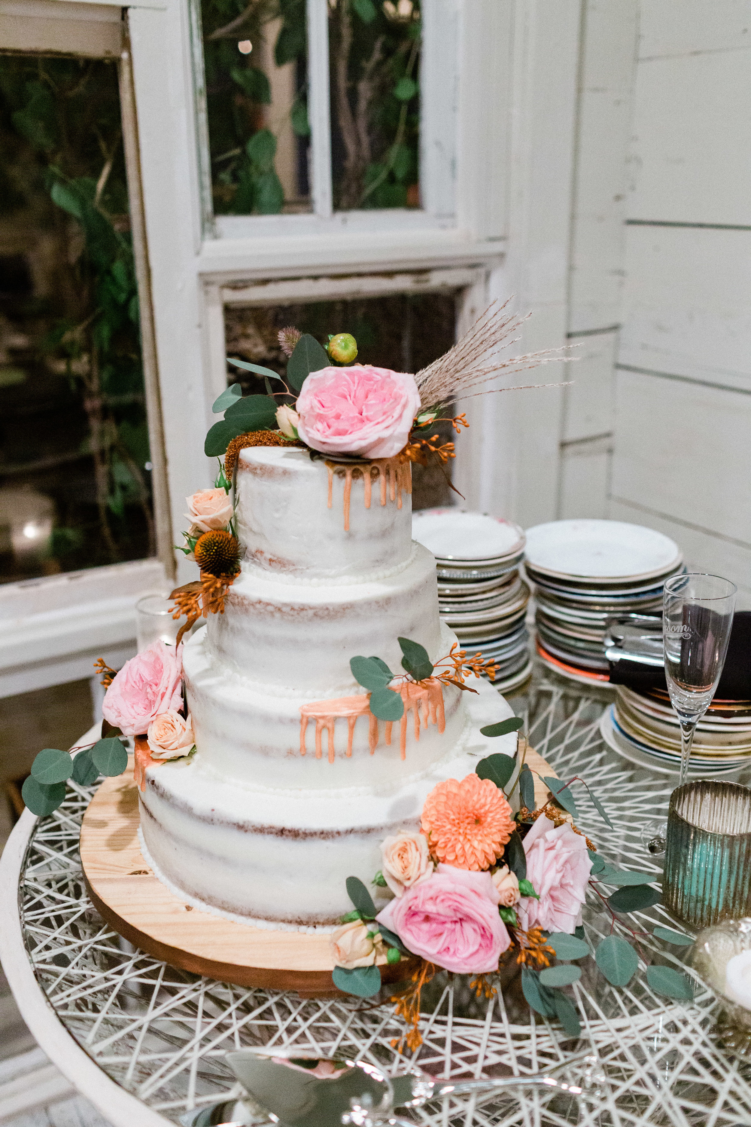 House of Dirt Dallas Intimate Wedding Cake