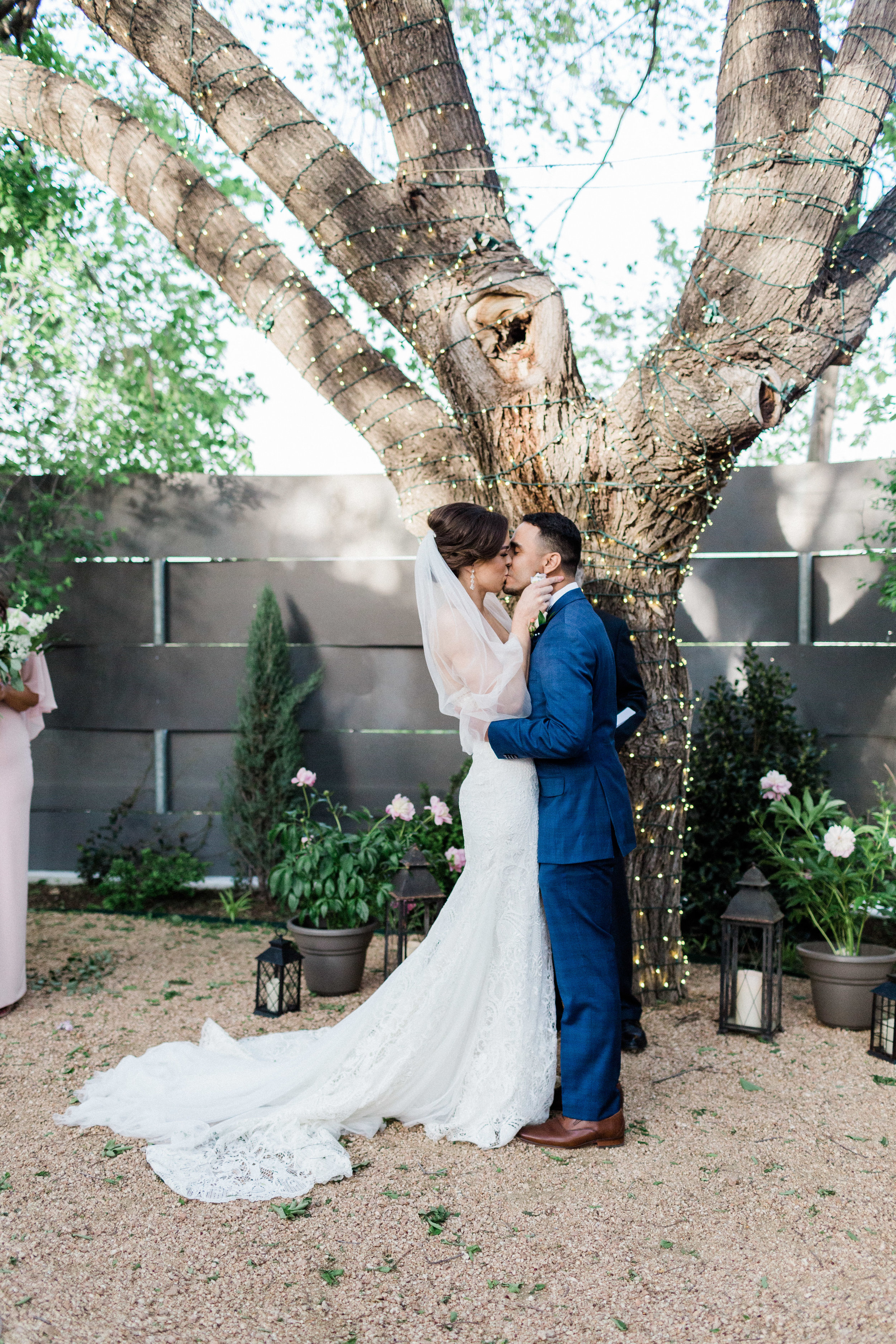 First kiss at Outdoor Wedding in Fort Worth Texas at Artspace 111