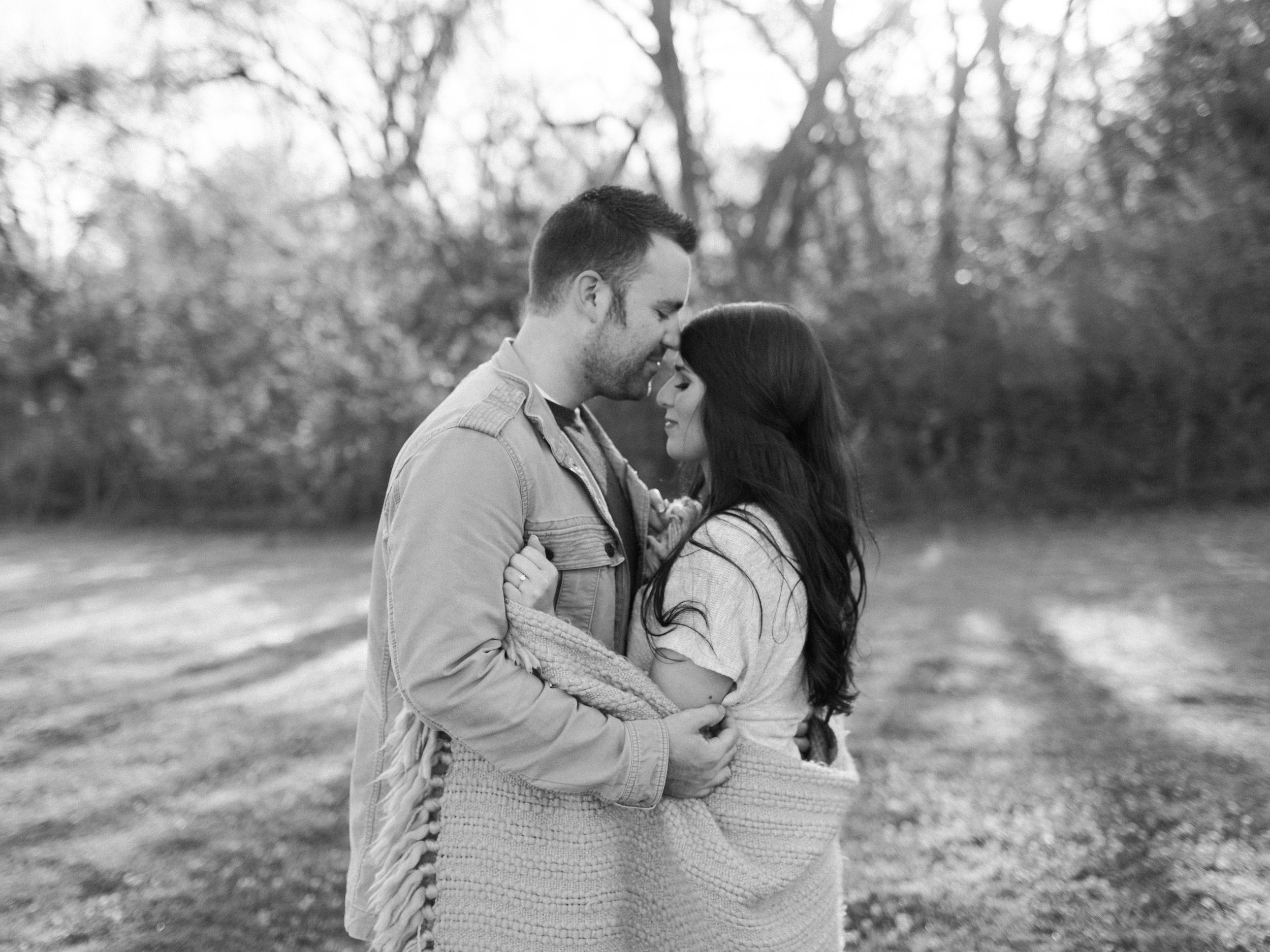 Fall Engagement Pictures in Dallas, Texas