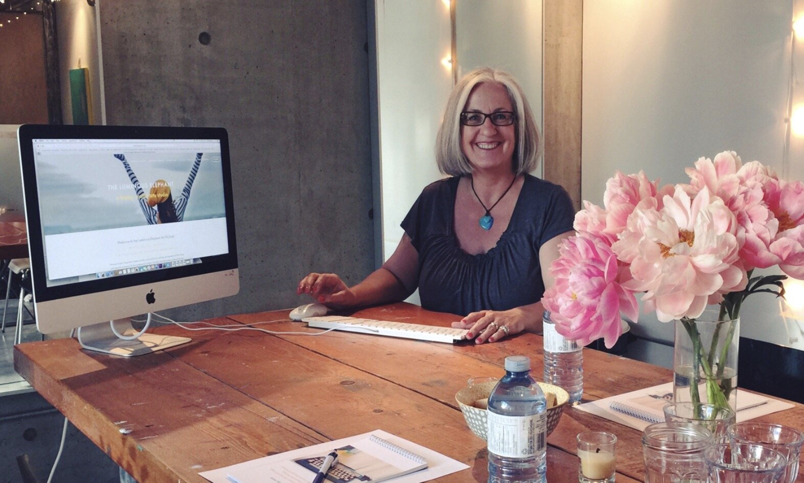 Kerstin brings a quiet and mindful approach to Squarespace and business development courses.