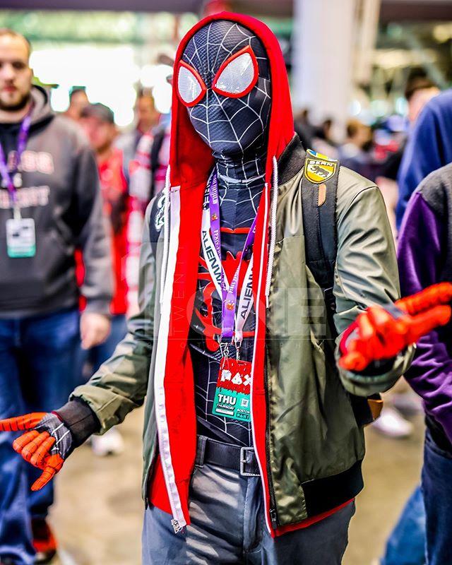 ▪︎| Pax East |▪︎ • • •  #cosplayer #cosplayguy #cosplayphotoshoot #spiderman #photoshoot #photography #photooftheday #like4like #cosplayersofinstagram #cosplay #cosplayboy #paxeast